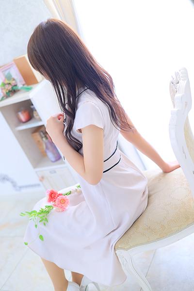 桃子(超SSS級介護士「美の結晶」)